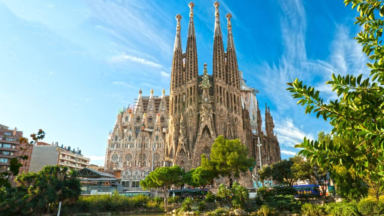 Sagrada Familia Tickets Online Skip The Line Tickets Dotravel