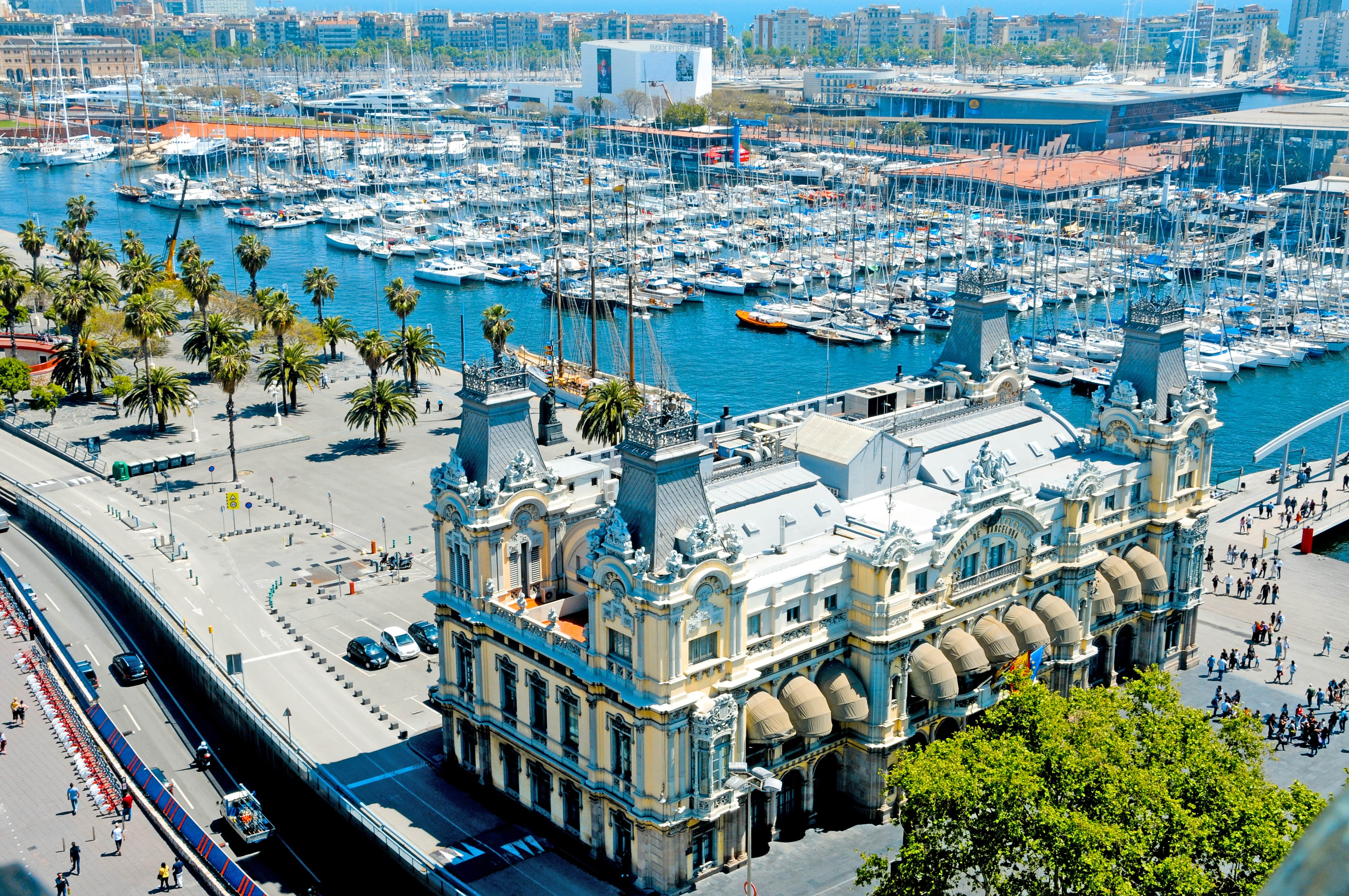 things-to-do-in-barcelona-beach-port-vell