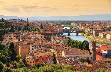 Florence Walking Tours to see architecture and history of the city center