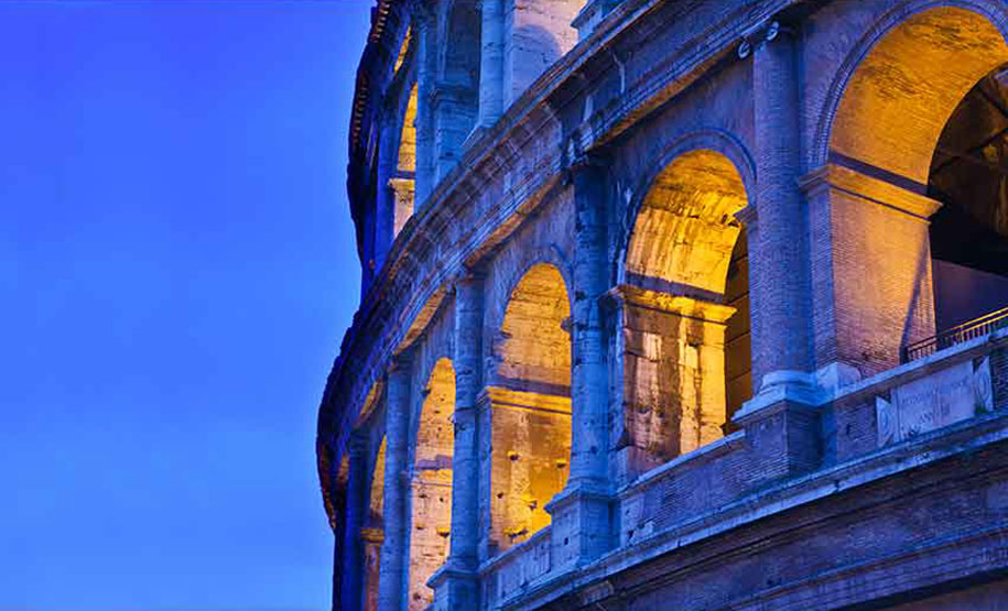 Colosseum Night Tour and enjoy a tasty Italian Aperitivo