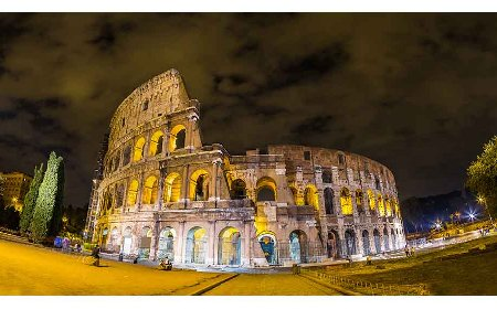 Colosseum Night Tour to see most visited landmarks in Rome