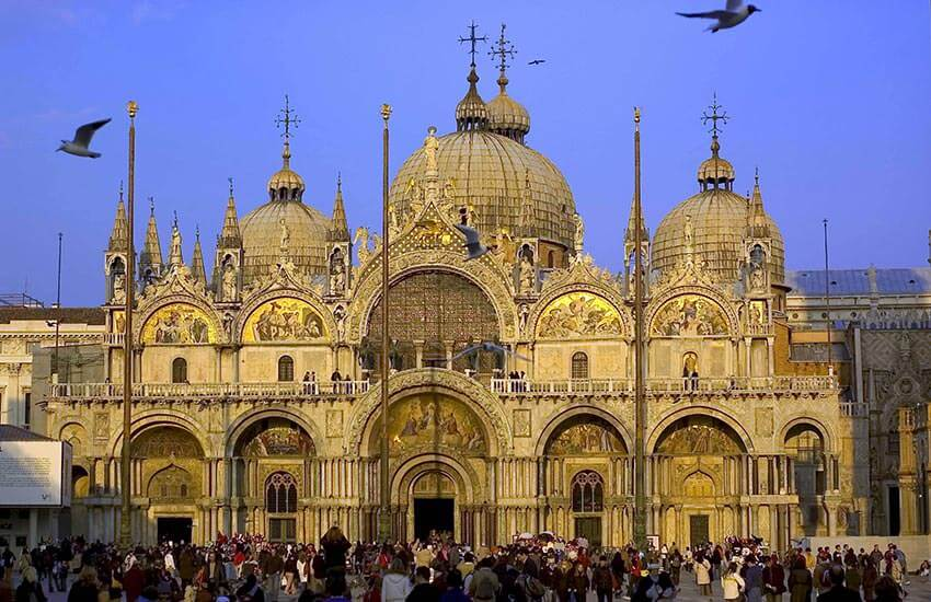 Venice Walking Tour and Doge's Palace tour