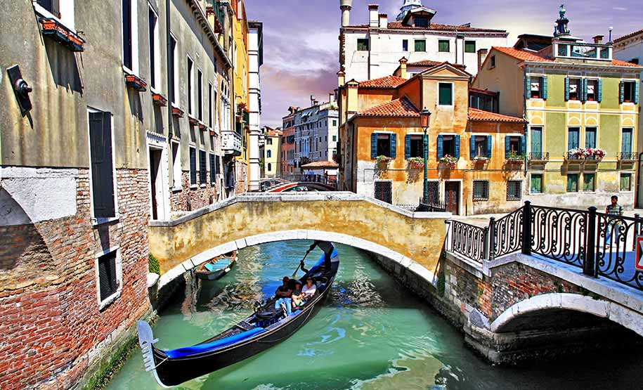 Venice walking tour online