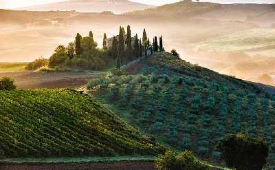 tuscany bike tours to visit sightseens